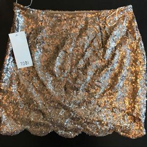 Gold sequin scalloped Tobi skirt (medium)
